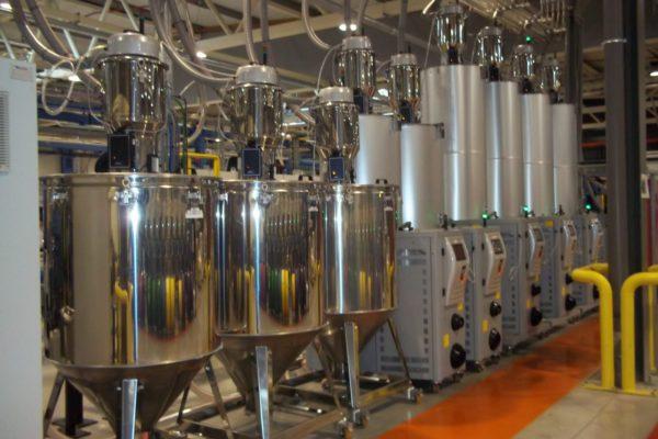 Hot air dryers_plastic_systems_Grondstofdroging_granulaten