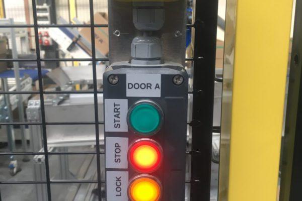 Veiligheidskooi: bescherming personeel bij werken met automatisatie apparatuur